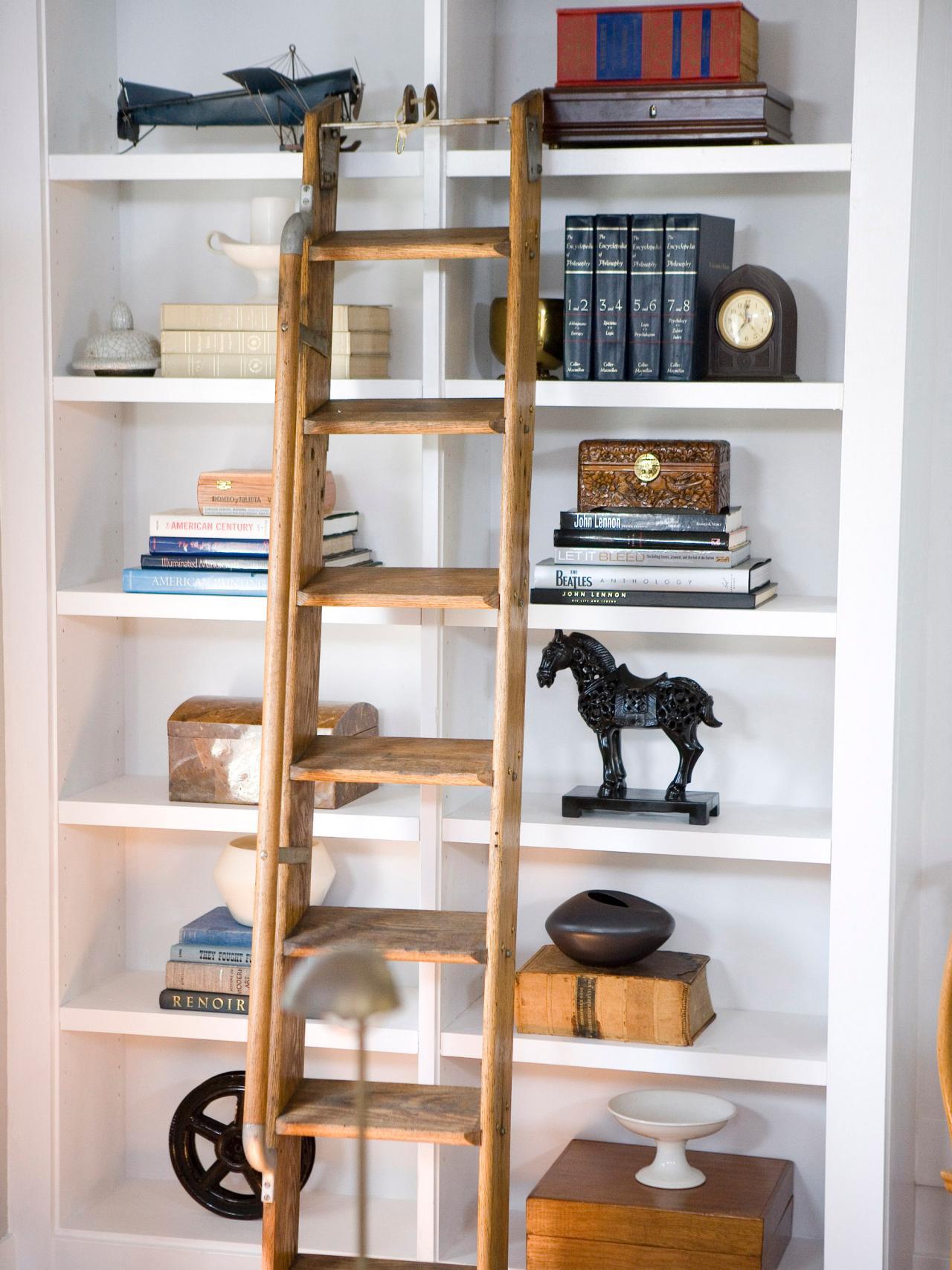 HDSW1_Living-Room-Ladder-Bookshelf_s3x4.jpg.rend.hgtvcom.1280.1707