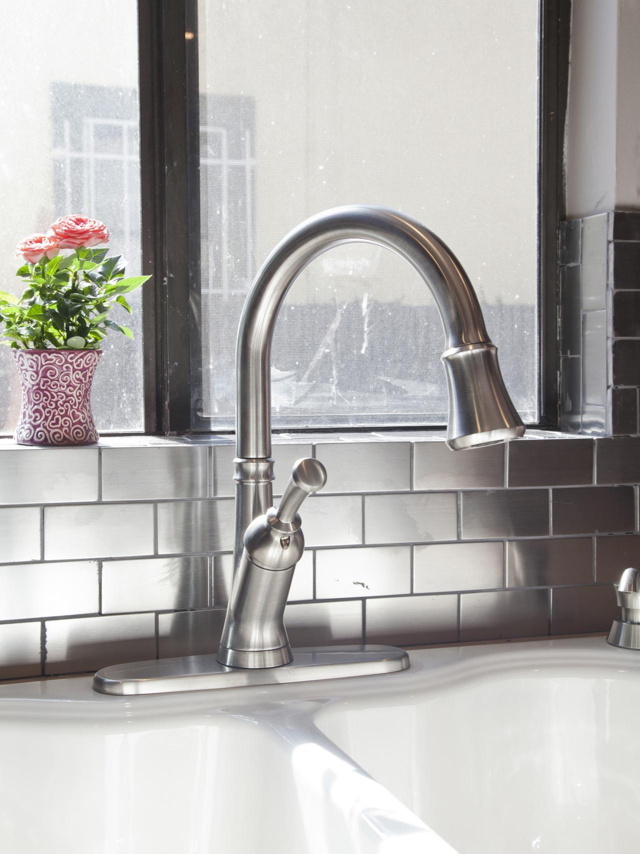 HBRVB104_team-jonathan-kitchen-faucet-after_v.jpg.rend.hgtvcom.1280.1707