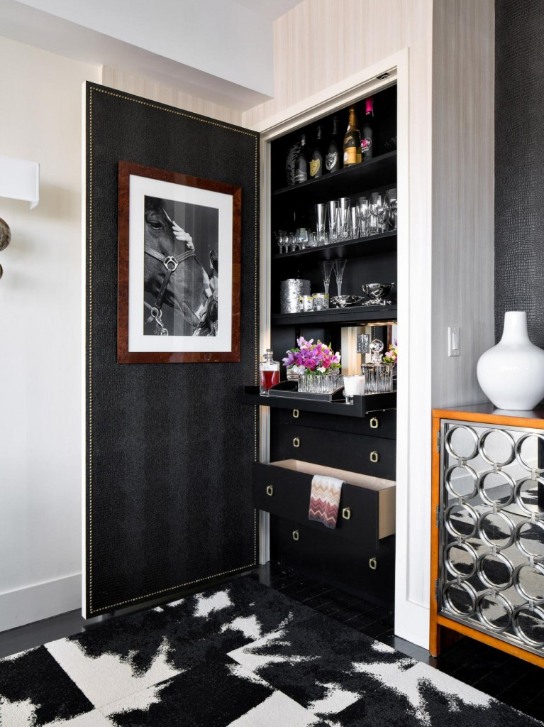 CI-Robert-Stuart-Interiors_Small-Space-Solutions_closet-bar_v.jpg.rend.hgtvcom.1280.1707