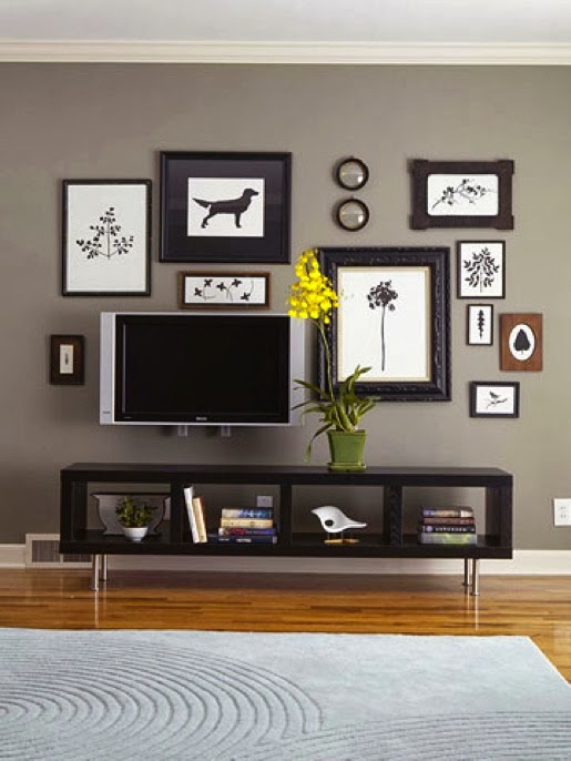 Notice How Dark Frames Are Used To Pull It All Together And The Perfect Piece Of Furniture Below Anchor E Brilliant Wall Mounted Tv